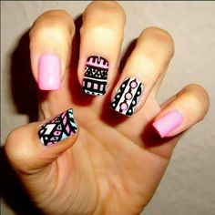 tribal designe nails pink black - diseño uñas rosa negro ♛