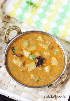Potato kurma recipe or aloo kurma recipe - added ground almonds instead of cashew, peas and tsp sugar to balance