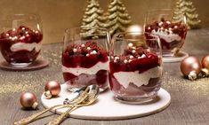 Winter-Maulwurfdessert mit roter Grütze Rezept | Dr. Oetker Dessert Pizza, Winter Desserts, Christmas Appetizers, Creme Brulee, Trifle, Mousse, Panna Cotta, Sweet Tooth, Ethnic Recipes