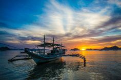 First hand account of the two BEST El Nido Tours and why! Real advice from real travellers. Palawan, Sailing Ships, The Best, Boat, Tours, Island, Travel, Block Island, Viajes