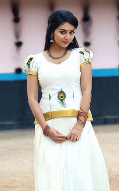 Photos, Stills, Posters and Images of movie Vidya Pradeep - WoodsDeck Beautiful Girl Indian, Beautiful Girl Image, Beautiful Indian Actress, Simply Beautiful, Beautiful Women, Beauty Full Girl, Cute Beauty, Beauty Women, Beauty Girls