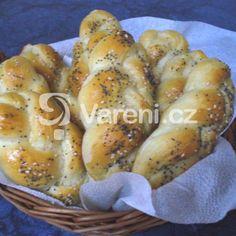 10+1 otázek: Droždí a kynuté těsto - Vaření.cz Bagel, Bread, Food, Brot, Essen, Baking, Meals, Breads, Buns