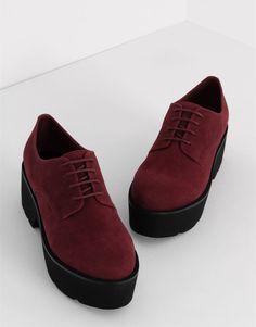 Туфли блюхерс на платформе - Просмотреть все - Обувь - Для Женщин - PULL&BEAR Российская Федерация