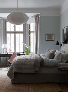 Sophisticated turn of the century apartment - COCO LAPINE DESIGNCOCO LAPINE DESIGN