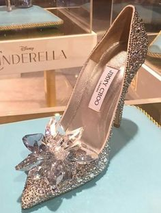 Luxe and Kisses - A Cinderella Story Cinderella shoes by Jimmy Choo Pretty Shoes, Beautiful Shoes, Cute Shoes, Me Too Shoes, Satin Pumps, Stilettos, Stiletto Heels, Shoes Heels, Dream Shoes