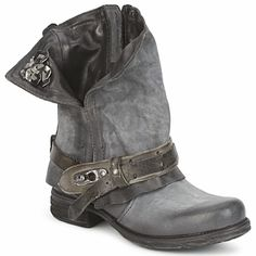 Air Step SAINT BIKE Grey boots - Holy sh*t, I want them so bad !!! ♥