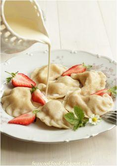 pierogi recipe Polish PIEROGI dumplings with strawberry filling and cream Bea's cookbook Fruit Recipes, Gourmet Recipes, Baking Recipes, Dishes Recipes, Recipes Dinner, Pasta Recipes, Dinner Ideas, Polish Desserts, Polish Recipes