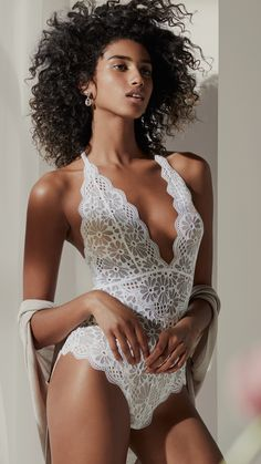 Exquisite lingerie in soft pastels and lovely lace for your big day and other special occasions. | H&M Lingerie