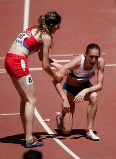 Laura Weightman and Amela Terzic Photos - 15th IAAF World Athletics Championships Beijing 2015 - Day One - Zimbio