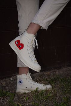 Dr Shoes, Swag Shoes, Hype Shoes, Me Too Shoes, Mode Converse, Outfits With Converse, New Converse, Sneakers Fashion, Fashion Shoes