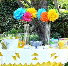 "Fiesta ""Forty"" Birthday} - Tip Junkie 40th Birthday Parties, Birthday Celebration, 40 Birthday, Mexican Fiesta Party, Fiesta Decorations, Table Decorations, Centerpiece Ideas, Mexican Birthday, Fiestas Party"