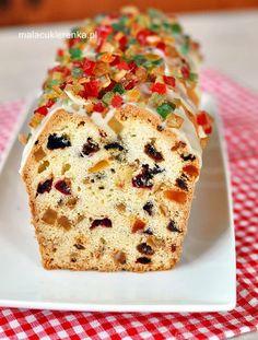 fruit cake with nuts and raisins Xmas Food, Christmas Desserts, Christmas Baking, Christmas Cakes, Christmas Goodies, Polish Cake Recipe, Polish Recipes, Polish Food, Sweet Recipes