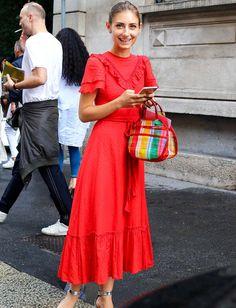 Jenny Walton a décidément le chic pour se dénicher de bien jolies robes ! (photo Phil Oh)