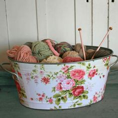going to learn how to knit so I can legitimately have this kind of thing sitting around...