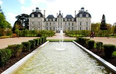 Chateau with fountain