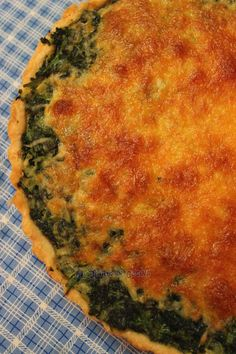 Quiche de espinacas y queso Cheese Quiche, Spinach And Cheese, Quiches, My Favorite Food, Favorite Recipes, Brunch, Empanadas, Crepes, Catering