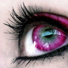 Awesome pink eyes