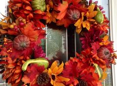 How to Make a $10 Fall Wreath From the Dollar Store