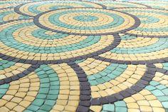 Paving Stone Patio, Paver Stones, Pebble Stone, Stone Tiles, Paver Patterns, Floor Patterns, Pattern Blocks, Paver Designs, Driveway Design