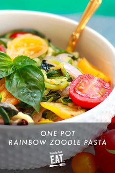 Colorful and fragrant heirloom tomatoes and zucchini noodles light up this dish. When schedules are tight, one pot meals like this are a quick and simple dinner or lunch idea. Vegetarian Recipes Dinner, Dinner Recipes, Heirloom Tomatoes, Zucchini Noodles, One Pot Meals, Healthy Eats, Pasta, Lunch, Colorful