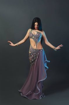 Belly Dancing Classes Near Me Code: 6057810061 Belly Dancer Costumes, Belly Dancers, Dance Costumes, Dance Outfits, Dance Dresses, Belly Dance Outfit, Tribal Belly Dance, Costume Design, Dance Wear