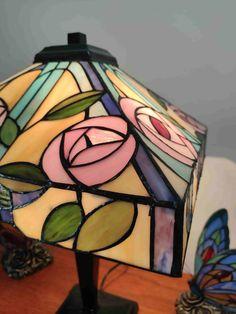 Lampada da Tavolo Tiffany con Fiori 325