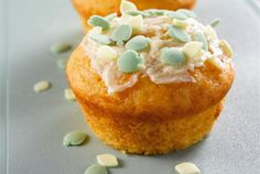 Porkkana-appelsiinimuffinit ✦ Pidä leivontapäivä perheen kanssa sadepäivän piristykseksi. http://www.valio.fi/reseptit/porkkana-appelsiinimuffinit/