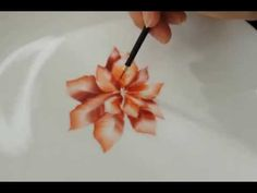 Porcelain Painting with Lustre by Jackie Halhead, UK - YouTube