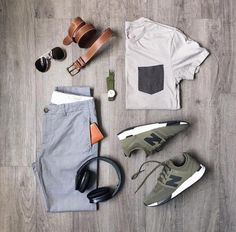We shared with some outfits pairs for those guys who have been searching for casual dressing idea. Today we will guide you which one is the right way to wear the casual outfit, Nice Dresses, Casual Dresses, Casual Outfits, Fashion Outfits, Fashion Clothes, Gentlemen Wear, Moda Casual, Outfit Grid, Mens Clothing Styles