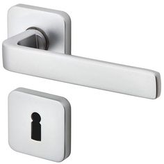 Find out all of the information about the JATEC product: door handle PURE - by Achim Pohl & Tomas Fiegl. Door Levers, Bathroom Hooks, Industrial Design, Door Handles, Doors, Pure Products, Detail, Contemporary, House Styles