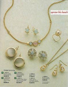 bijouterie espagnol::cristian lay tunisie Jewelry Booth, Charmed, Bracelets, Fashion, Spanish, Moda, Fashion Styles, Bracelet, Fashion Illustrations