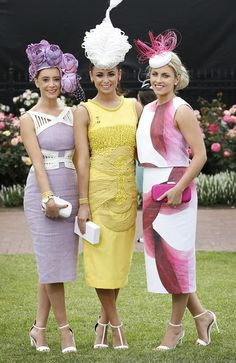 The Melbourne Cup: Get Race Ready with These Fashion & Beauty Tips Race Day Fashion, Races Fashion, Fashion Mode, Kentucky Derby Fashion, Kentucky Derby Outfit, Race Day Outfits, Derby Outfits, Melbourne Cup Fashion, Dresses For The Races