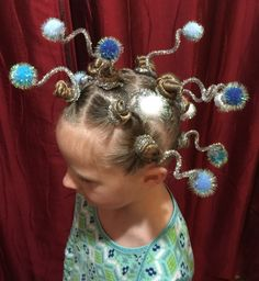 All Details You Need to Know About Home Decoration - Modern Crazy Hair For Kids, Crazy Hair Day At School, Crazy Hair Days, Crazy Day, Hat Hairstyles, Little Girl Hairstyles, Crazy Hairstyles, Ideas Maquillaje Carnaval, Whoville Hair