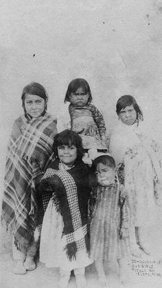 Girls from Isleta Pueblo in New Mexico - 1891