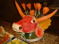 amazing fruit and vegetable carvings to please your taste buds