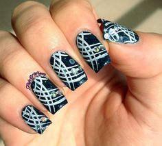 Glittery Abstractions via #flightofwhimsy #black and #white #polish #nailart - bellashoot.com