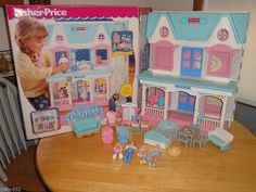 Played with this a lot Fisher Price Loving Family Dream Doll House w/ Box Figures & Accessories Fisher Price Doll House, Fisher Price Toys, Vintage Fisher Price, 90s Childhood, Childhood Memories, Loving Family Dollhouse, Doll Drawing, Barbie, Dream Doll