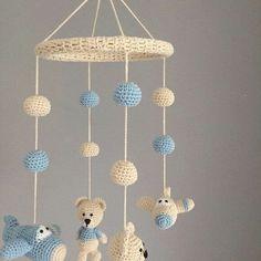 Crochet Baby Toys, Newborn Crochet, Crochet For Kids, Crochet Animals, Crochet Dolls, Knit Crochet, Mobiles En Crochet, Crochet Mobile, Crochet Crafts