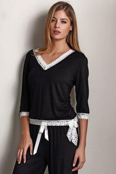 0364a615a7f Dámské bambusové pyžamo ROZALIE v elegantní černé barvě. Pjs