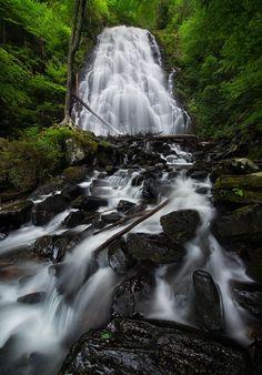 Crabtree Falls, Blue Ridge Parkway North Carolina by Steve Perry on 500px.
