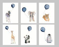 Azul marino vivero pared arte conjunto de 3 impresiones  Conjunto de tres verticales grabados de mis pinturas de acuarela original - un ahorro si comprado individualmente  utilizar la caída de la caja para seleccionar el tamaño de su  3 tamaños disponibles... 5 x 7, 8 X 10 y 11 X 14  impreso en papel de arte fino trapo 100% algodón archival - disponibles 2 colores... blanco o natural blanco/del blanco  Se utilizan tintas de pigmento archivo Epson Ultra chrome  impresiones serán enviadas…