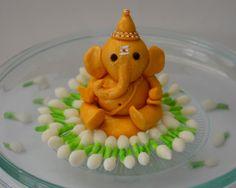 ganesha in fondant Ganesha Rangoli, Clay Ganesha, Ganesha Art, Jai Ganesh, Lord Ganesha, Ganesh Chaturthi Decoration, Ganesh Chaturthi Images, Happy Ganesh Chaturthi, Arti Thali Decoration