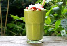 Creamy Moringa Smoothie (Dairy-free) | aduna.com