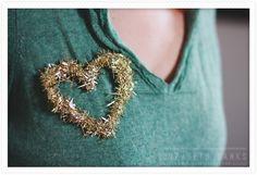 diy: hot glue hearts