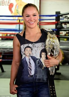 Welcome to Ronda Rousey Web, a fansite dedicated to mixed martial artist, judoka and actress Ronda Rousey. Here you will find all the latest news, images, videos and much more on Ronda daily! Ronda Rousey Pics, Ronda Jean Rousey, Ronda Rousey Hot, Wwe Female Wrestlers, Female Athletes, Rhonda Rousy, Rowdy Ronda, Ufc Fighters, Wwe Womens