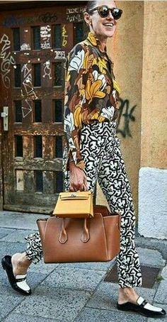 fashion mix: a fun but sophisticated summer outfit. Quirky Fashion, 90s Fashion, Love Fashion, Womens Fashion, Style Fashion, Grunge Goth, Hipster Grunge, Street Style Vintage, Street Style Women