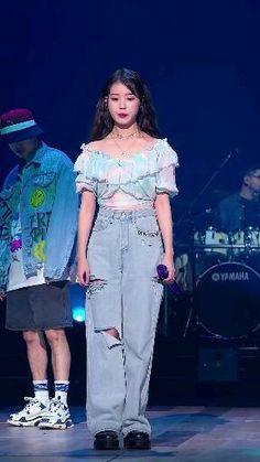 Korean Drama Best, Korean Beauty, Korean Actresses, Korean Actors, Kpop Girl Groups, Kpop Girls, Iu Hair, Dance Kpop, Kpop Girl Bands
