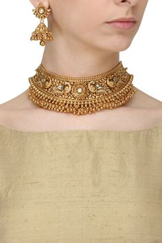 Anjali Jain presents Antique gold finish kundan stone bird choker necklace set available only at Pernia's Pop Up Shop. Gold Choker Necklace, Necklace Set, Gold Chocker, Necklace Hanger, Indian Necklace, Diamond Choker, Silver Necklaces, Silver Earrings, Jewelry Necklaces