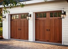 Small spaces and garage organization hacks. How do you organize a two car garage. Small spaces and garage organization hacks. How do you organize a two car garage? Garage House, Carriage House Garage Doors, Craftsman Garage Door, Custom Garage Doors, Diy Garage Door, Modern Garage Doors, Garage Door Makeover, Wood Garage Doors, Garage Ideas