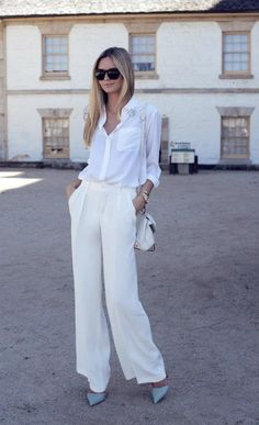 I love a classic white on white look!